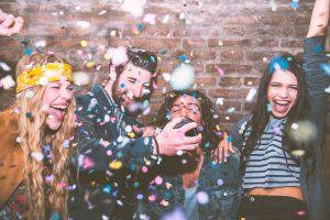 fiesta jóvenes